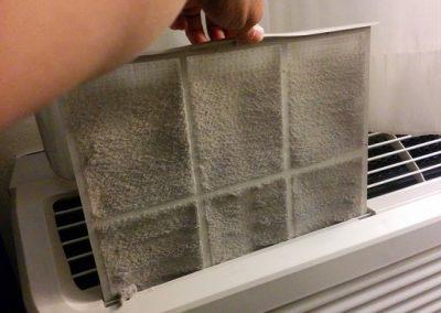 Servis klimatizácie, Špinavý filter na klimatizácii (2)